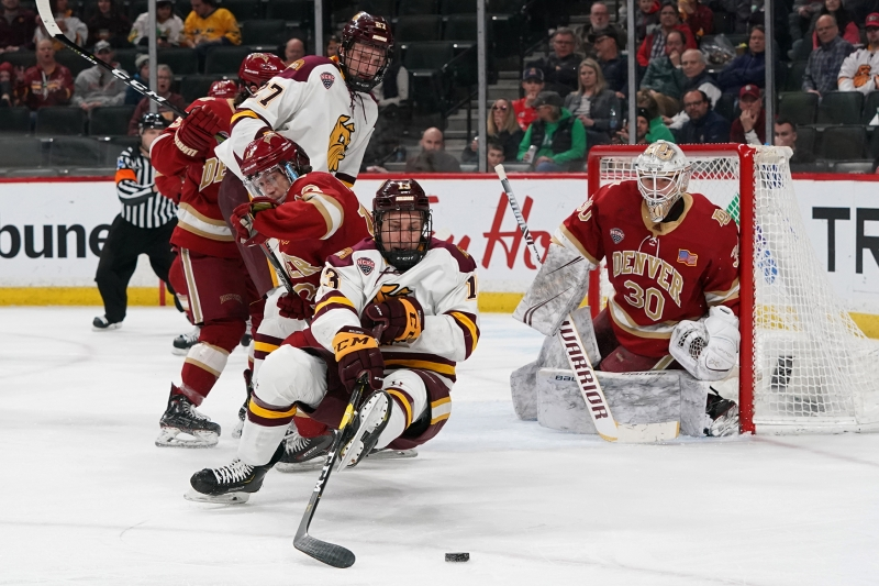 2019-03-22 NCHC UMD vs Denver RSO04942 1.6 MB