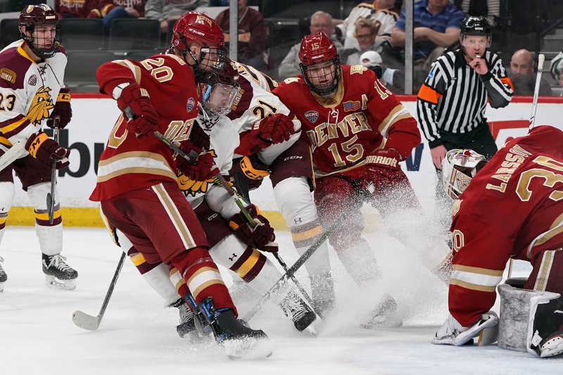 2019-03-22 NCHC UMD vs Denver RSO05573 1.6 MB