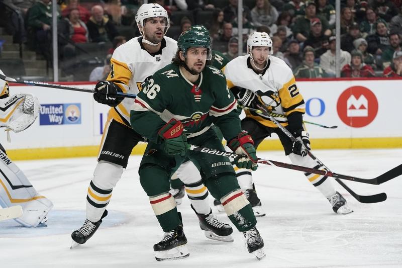 2019-10-12-Wild-vs-Penguins_RSO1968
