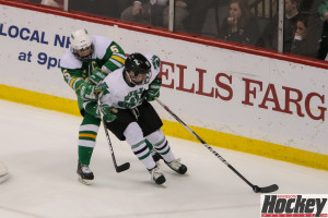 Edina's heavy forecheck gave the Pioneers fits (MHM photo / Copyright Jeff Wegge)