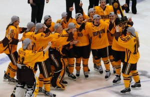 Can the Gophers complete the championship hat-trick? (MHM photo / Copyright Jordan Doffing)