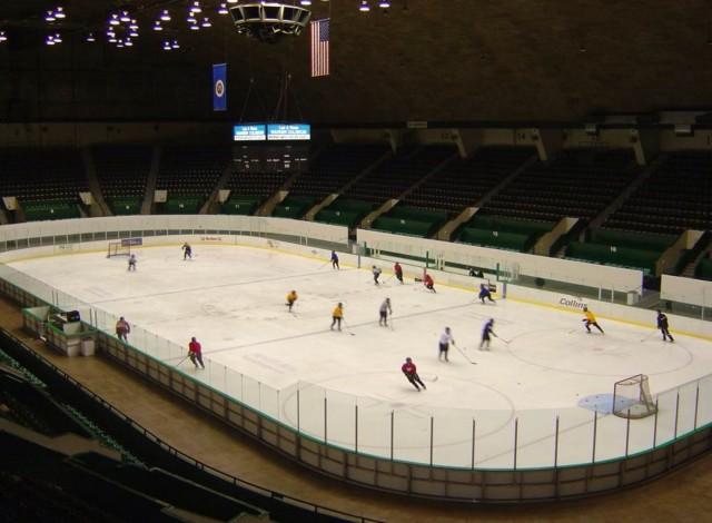 Featured Image: Inside the Lee & Rose Warner Coliseum. (Photo/Vintage MN Hockey.com)