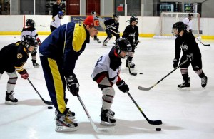 Youth_stickhandling
