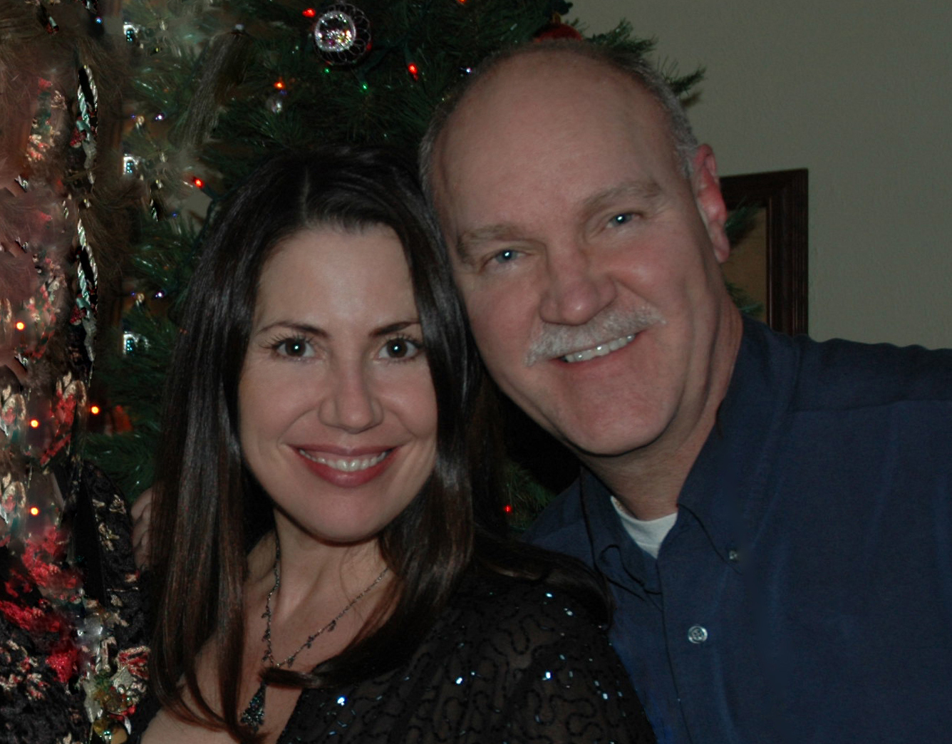 Ricka and Mike Powers in a 2006 Christmas photo.