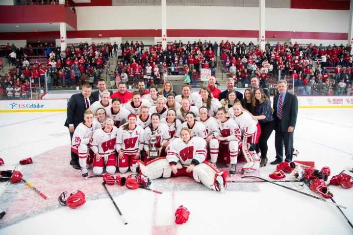 WCHA: Women - It's Playoff Time