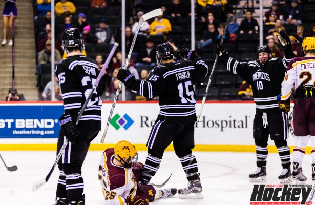 0013-NSCC-Minnesota-Gophers_vs_Minnesota-State-Mankato-Mavericks
